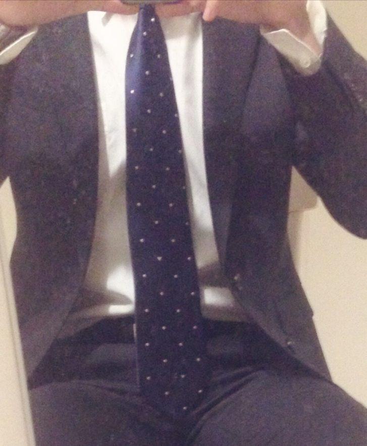 太くて長いネクタイはふんどし