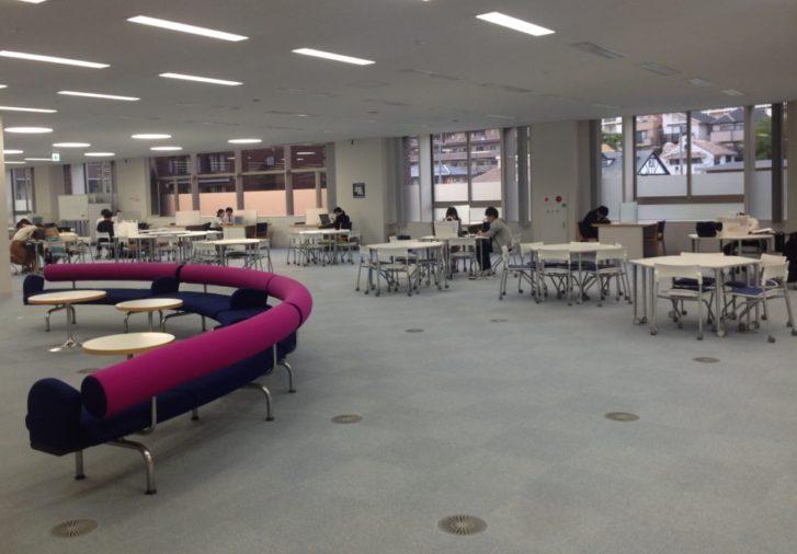 サイバーライブラリーは喋れる図書館