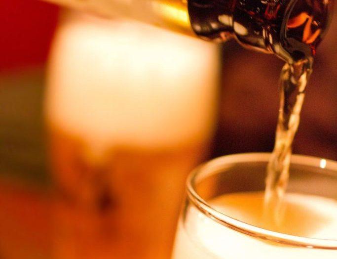 飲み会が苦手なコミュ障が浮かないで乗り切る6つの方法