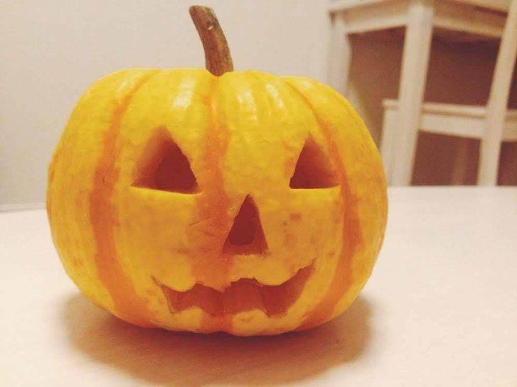 ハロウィンかぼちゃランタンの簡単作り方