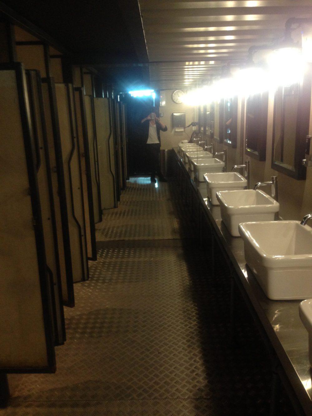 マレーシアの空港カプセルホテルでシャワーだけ浴びる方法と料金