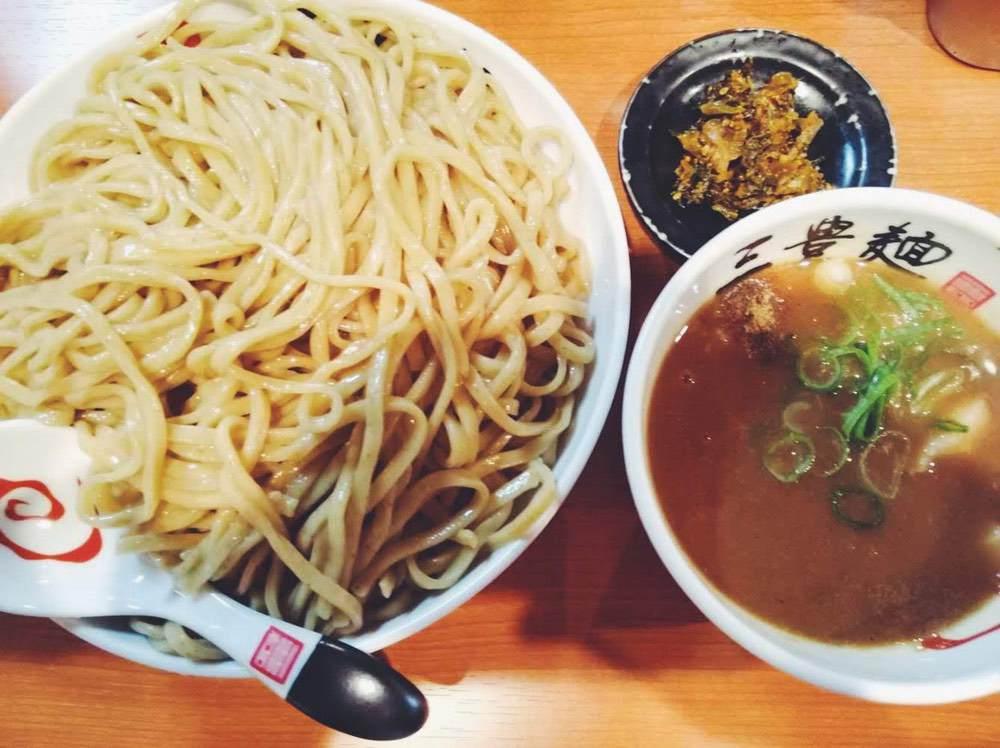 二郎系つけ麺|三豊麺岡本店で900g山盛注文してみた