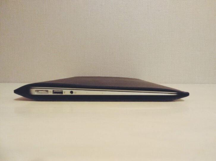 Valueble MartのMacbookair11.6インチ用ケースは超ぴったりサイズ